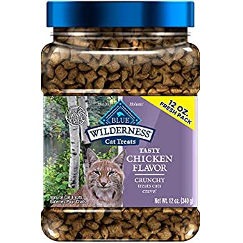 Blue Buffalo Wilderness Grain Free Crunchy Cat Treats, Chicken 12-oz Tub