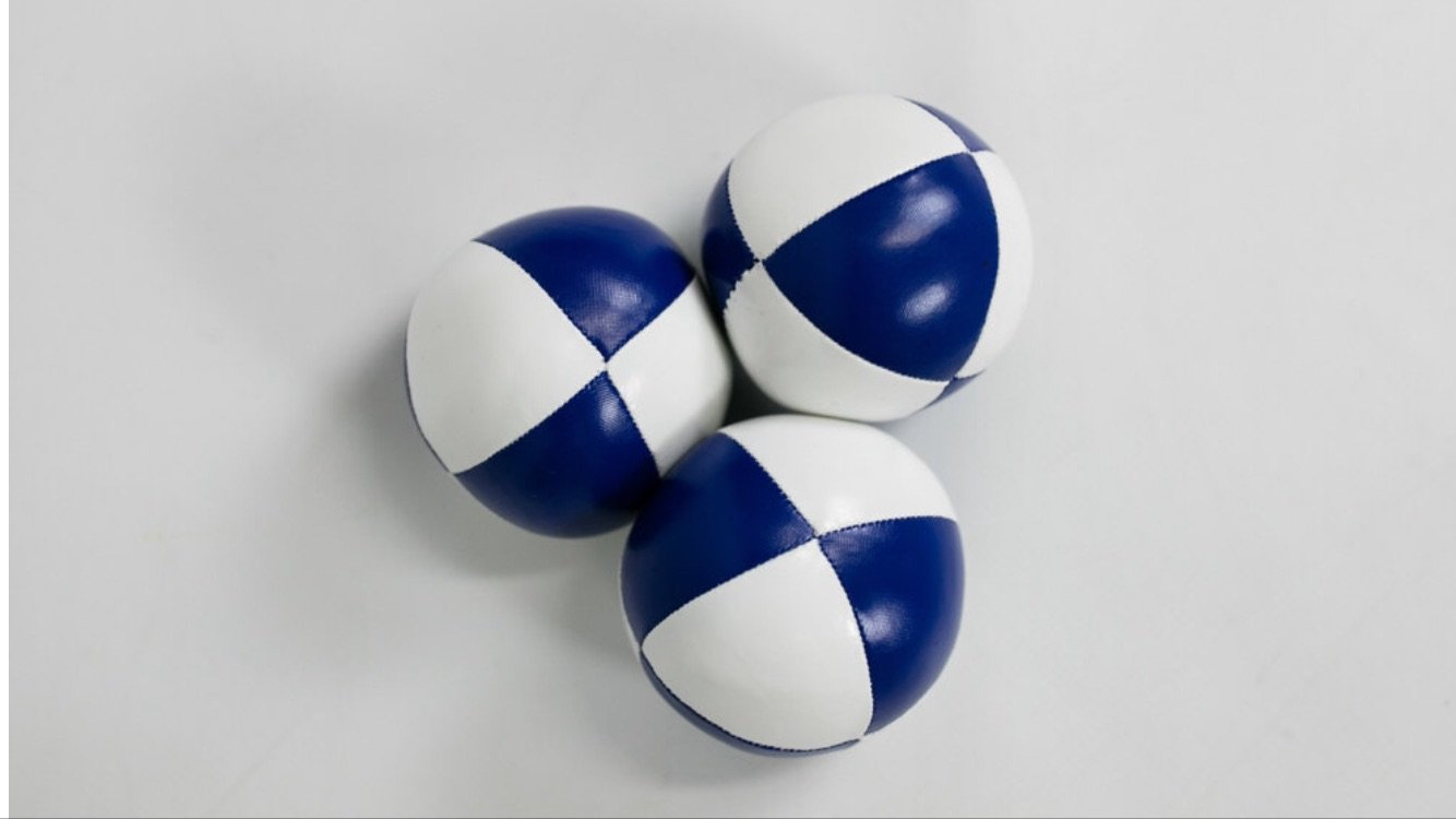 Set of 3 Juggling Balls 8 Panel 2.5'' Mesh Bag Included Synthetic Leather Blue and White