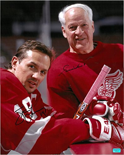 GORDIE HOWE & STEVE YZERMAN AUTOGRAPHED DETROIT RED WINGS 16X20 PHOTO #1