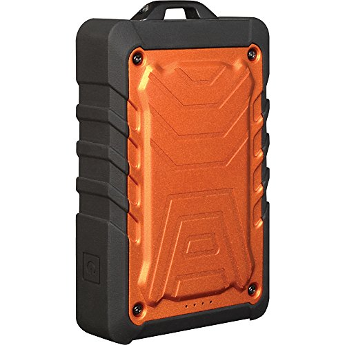 5 8,000mAh Rugged Power Bank with Dual USB ()