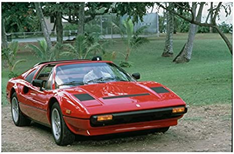 Magnum P I Tom Selleck As Magnum Driving Ferrari 8 X 10 Inch Photo At Amazon S Entertainment Collectibles Store