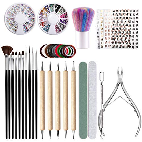 Excellent kit to decorate your nails