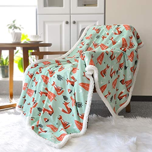 """Oversized 56/""""x 44/"""" Muslin Toddler Blanket with Soft Minky Dotted Backing Print"""