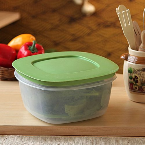 Rubbermaid Produce Saver Square 14-Cup Food Storage Pack of 2 Containers