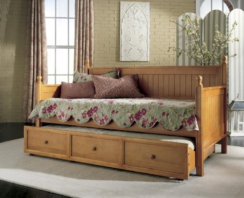 Casey II Wood Daybed with Ball Finials and Roll Out Trundle Drawer, Honey Maple Finish, (Honey Maple Drawer)
