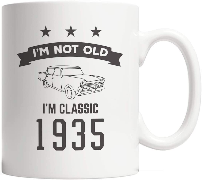 MQJJ I am m I I'm m Classic 1935 Bday Mug - Divertido regalo de cumpleaños número 83 para una persona de ochenta y tres años en su ochenta y tres años de aniversario con un genial auto retro vintage