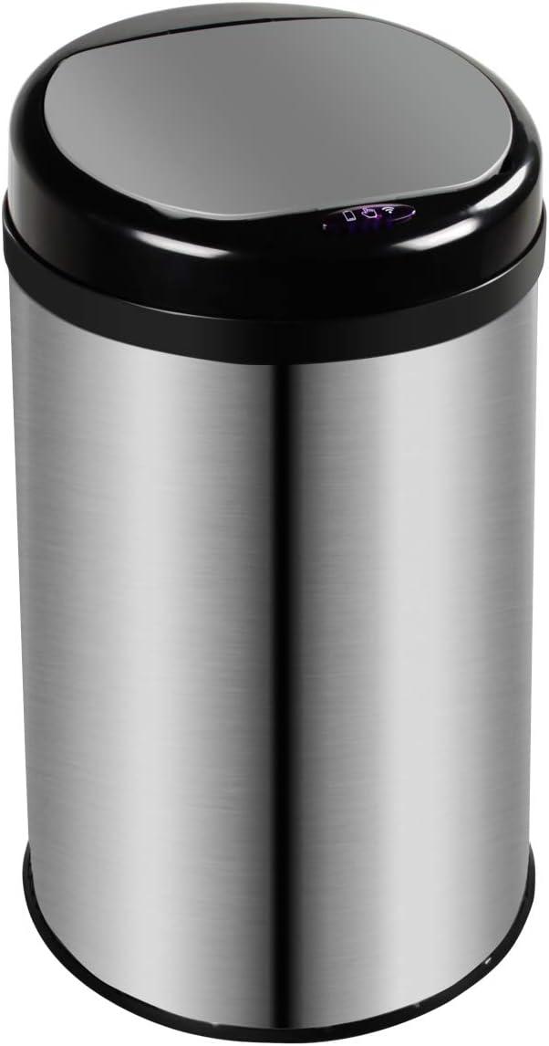 bote de basura redondo 50 litros de color plata y negro, con tapa cerrado