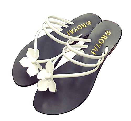 BININBOX Womens Bohemia Flower Flat Heel Flip Flops Beach Slippers Sandals White DQBIIThsqu
