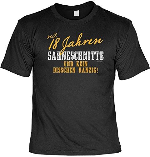 T-Shirt - Seit 18 Jahren Sahneschnitte - Kein bisschen ranzig -lustiges Sprüche Shirt als Geschenk für Geburtstagskinder mit Humor