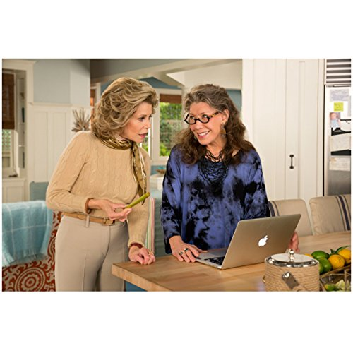 grace-and-frankie-jane-fonda-and-lily-tomlin-standing-together-8-x-10-inch-photo
