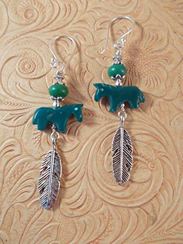 Western Rodeo Cowgirl Earrings - Carved Dark Green Howlite Horse Fetish Beads - Southwest Style