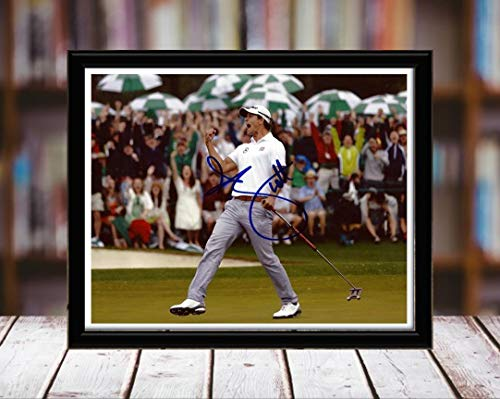 - Adam Scott Autograph Replica Print - Fist Pump - 8x10 Desktop Framed Print - Landscape