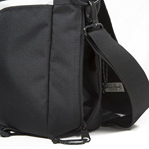 Eastpak Delegate Bandolera, 20 litros, Negro (Black) Negro (Black Stitched)