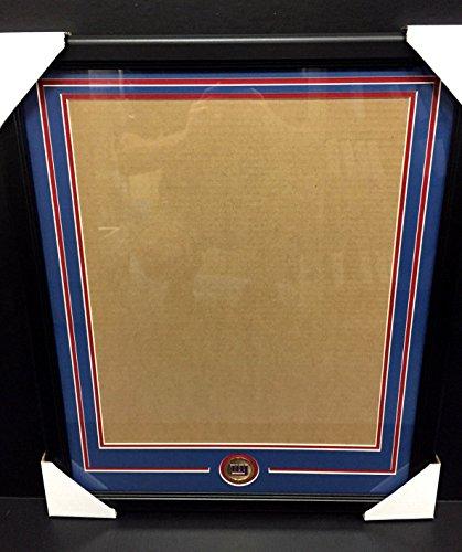 (NEW YORK GIANTS Medallion Frame Kit 16x20 Photo Double Mat VERTICAL)