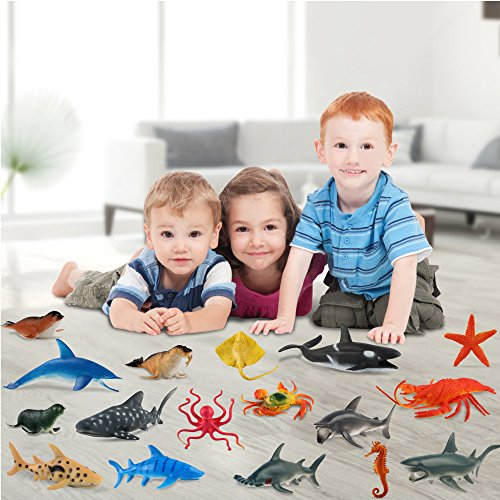 Fun Little Toys Sea Creatures Underwater Marine Fish Animals Plastic Toys 18 Pc
