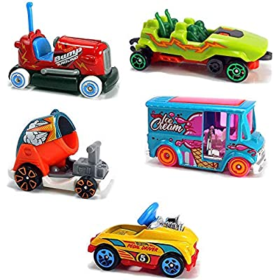 Hot Wheels Carnival Park Rides Steam Punk Theme Park Steamer Bundled with Fun 5-Pack Roller Coaster Cart / Bumper Car / Ice Cream Truck / Boom Stunt / Pedal Driver 2 Items: Toys & Games