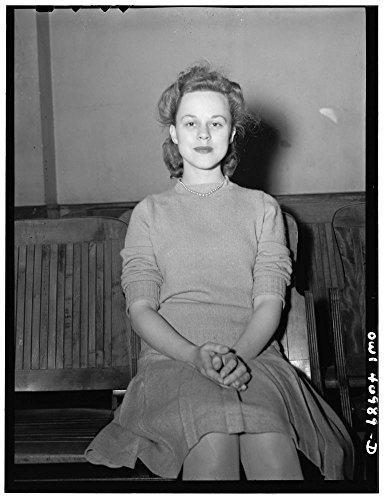 1944 Photo Washington, D.C. A hostess at the Washington labor canteen, sponsored by the United Federal Workers of America, Congress of Industrial Organizations (CIO) Location: Washington D.C. by Historic Photos