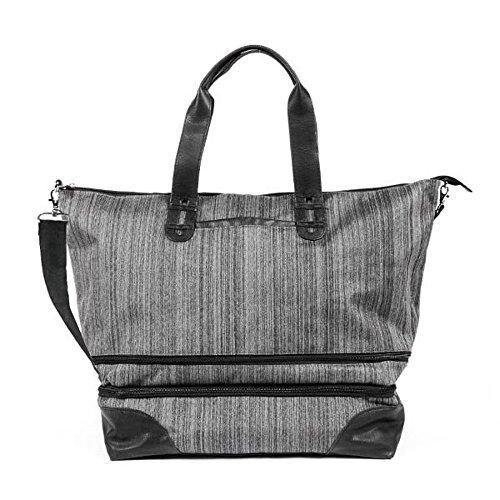 rume-escape-weekender-travel-bag-graphite