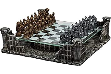 Amazoncom 1625 Roman Gladiators 3D Chess Set Bronze Silver