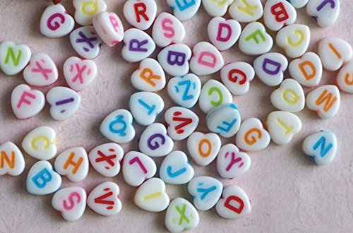 MUstBF 800 PCS Heart - Shaped Acrylic White letters Beads and Colorful Letters for Jewelry Making for Kids DIY Bracelets Necklaces (800)