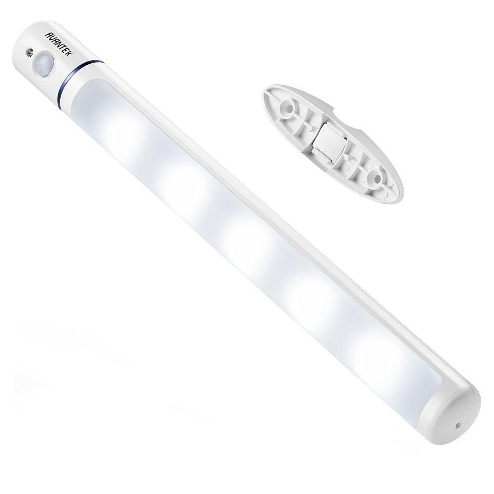 AVANTEK LED Nachtlicht mit Bewegungsmelder, Schrankleuchte mit Magnet, 60 Lumen, 100° drehbar, einstellbarer Sensorkopf, Kaltweiß