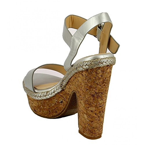 Ideal Shoes Sandale mit Plattform Pearlized Hermine Silber