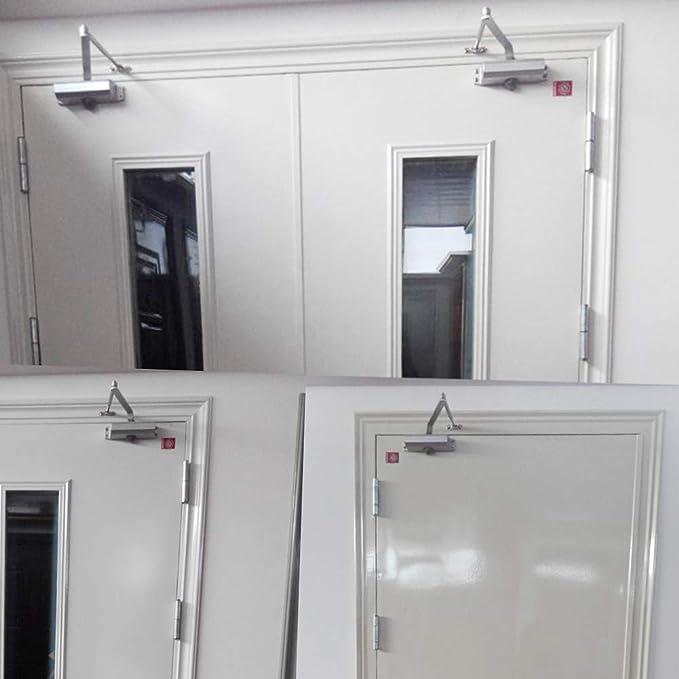 Más cerca de la puerta, puerta cuadrada completamente automática ...