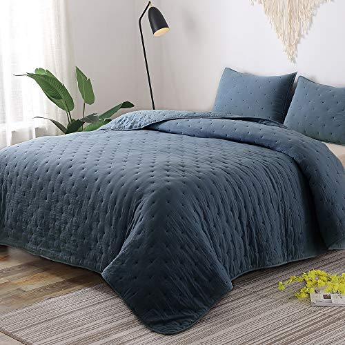 GOONE Super Soft Lightweight Bedding Quilt Sets,Filling with Skin Friendly Breathable Hydrophillic Down Alternative, Multipurpose As Bedspread Thin Comforter with 2 Shams Solid ()
