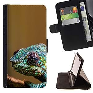 Momo Phone Case / Flip Funda de Cuero Case Cover - Enfriar Camaleón colorido - LG OPTIMUS L90
