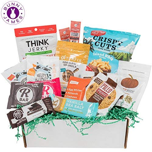 PALEO Diet Snacks Gift Basket: Mix of Whole Foods Protein Bars, Grain Free Granola, Cookies, Jerky Meat Sticks, Fruit & Nut Snacks Sampler Box Review