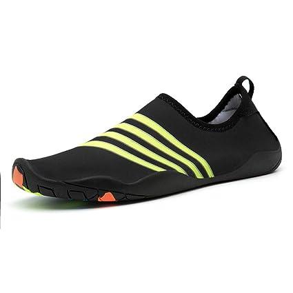 Fuxitoggo Calcetines Antideslizantes cómodos del Agua de los Zapatos Antideslizantes del Agua para Hombre durables (