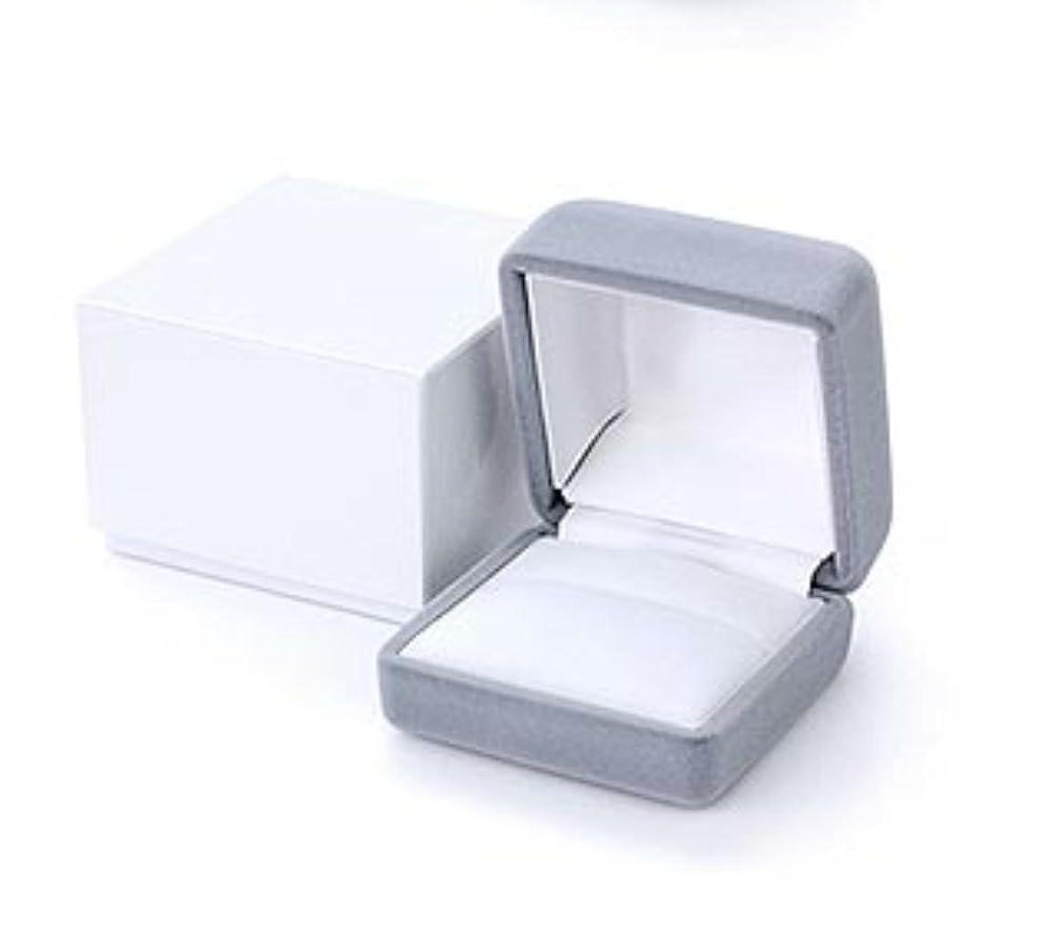 変数怠一次《ガラスのような透明感のPS樹脂》クリスタルクリアージュエリーケース/ジュエリーボックス【クッション色:白】(ギフト用/アクセサリーケース/リングケース)