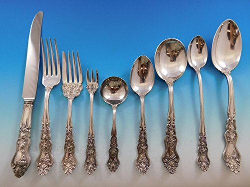 Moselle by International Silverplate Flatware Set for 12 Service 118 pcs Grapes