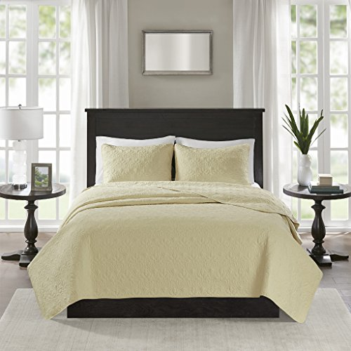 Madison Park Quebec Dusty Pale Yellow 3-Piece Quilted King Coverlet Set—For King or Cal King Bed –Ideal For Warm Climate Room Décor or Add-on For Extra Warmth -
