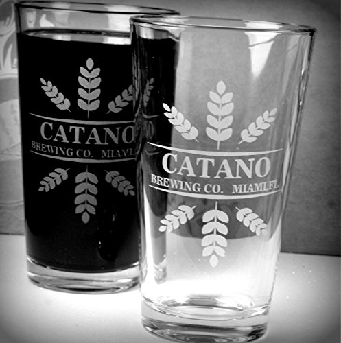 personalized-engraved-leaf-crowns-home-brew-set-of-2-beer-pint-glasses