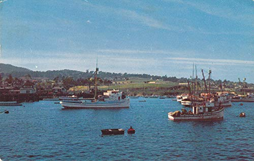 (302VINT03 A 1962 PRESIDIO AND FISHING BOATS SEEN FROM WHARF, Monterey, California 1962 COLLECTIBLE VINTAGE POSTCARD, ANTIQUE POST CARD from HIBISCUS EXPRESS)