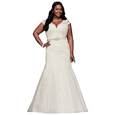 Davids Bridal Scalloped Lace Trumpet Plus Size Wedding Dress Style