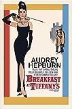 """Póster de Audrey Hepburn """"plays Holly Golightly - Breakfast at Tiffany's/ Desayuno con Diamantes"""" (61cm x 91,4cm) + 1 Póster con motivo de paraiso playero"""