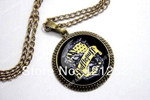 Pretty Lee 2015 Fashion Hogwarts Hufflepuff Crest Pendant Necklace Antique Glass Christmas gift (Christmas Crest Ornament)