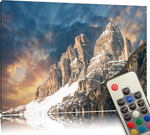 Leuchtbild-LED-Leinwandbild-mit-Farbwechsel-Majesttische-Bergkette-im-Sonnenlicht-MADE-IN-GERMANY