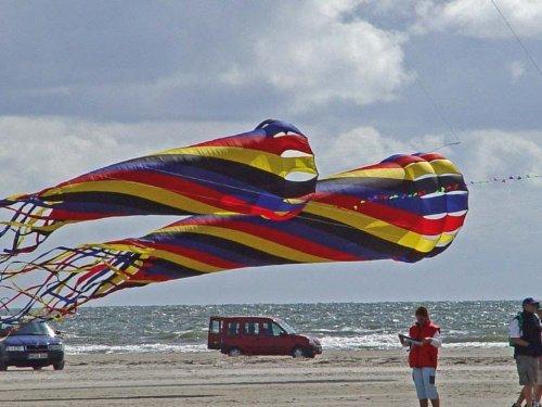 HQ Kites and Designs 106852 Mega Turbine Rainbow Kite, 1500cm/49.2' [並行輸入品] B0016ZUQ0W