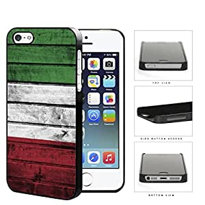 Italian Flag On Wood Hard Plastic Snap On Cell Phone Case Apple iPhone 5 5s