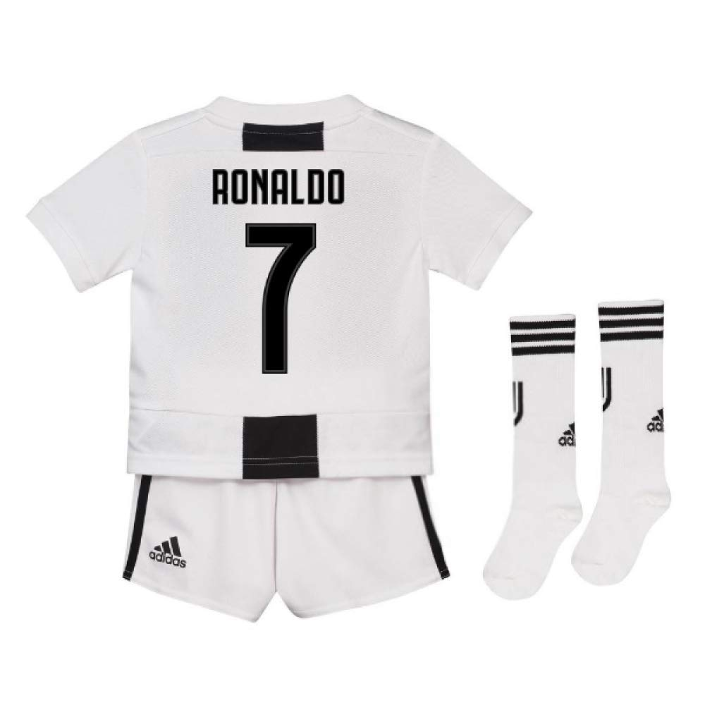 cbc27c336 UKSoccershop 2018-19 Juventus Home Mini Kit (Cristiano Ronaldo 7)   Amazon.co.uk  Sports   Outdoors