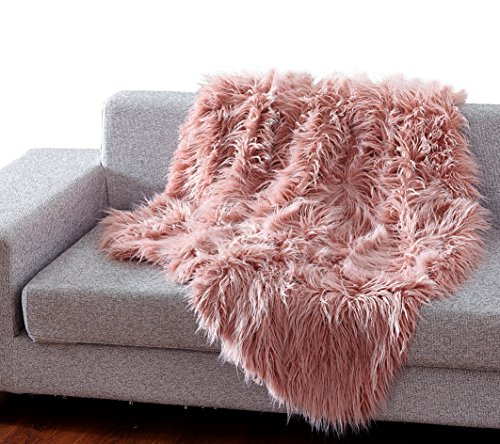 De Moocci Luxury Super Soft Mongolian Faux Fur Throw Blanket, 50 in 60 in, Cozy Warm Breathable, best for Winter – Décor for Couch Bed, Pink