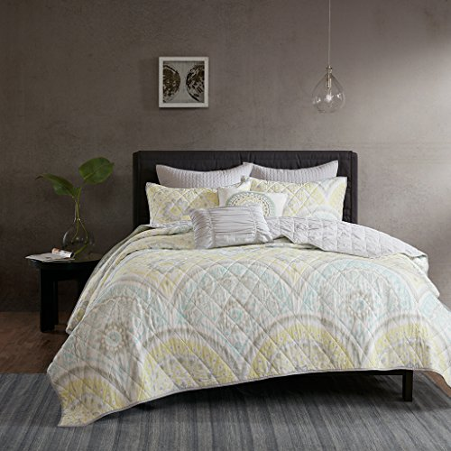(Urban Habitat Matti Full/Queen Quilt Bedding Set - Pale Aqua, Yellow, Medallion - 7 Piece Teen Girl Boy Bedding Quilt Coverlets - 100% Cotton Percale Bed Quilts Quilted Coverlet)