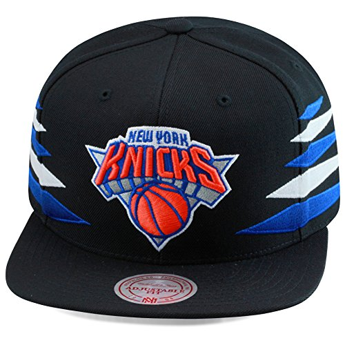 Mitchell & Ness New York Knicks Snapback Hat Cap All Black/Diamond Side