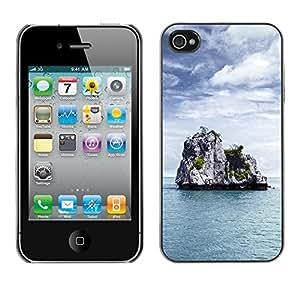 Be Good Phone Accessory // Dura Cáscara cubierta Protectora Caso Carcasa Funda de Protección para Apple Iphone 4 / 4S // Nature Lonely Castle Rock