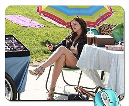 Amazon.com: Las piernas Emma Watson pies Tacones altos ...