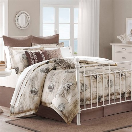 Harbor House Arabella 4-Piece Comforter Set, Full, Multi-Color