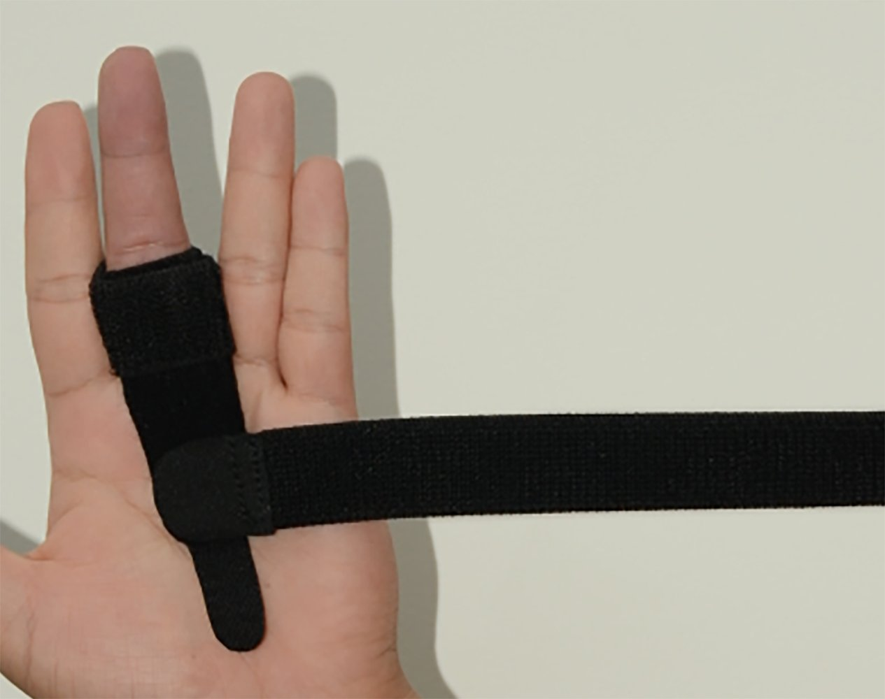 SW Trigger Finger Brace Splint Pain Relief Comfortable Materials Heal Stenosing Tenosynovitis and Softens Injury Symptoms | Adjustable for Pinky,Thumb,Ring,Index, and Middle Finger by SW (Image #5)